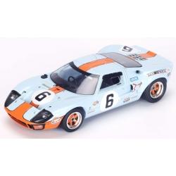 SPARK Ford GT40 n°6 24H Le...