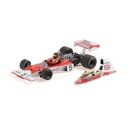 MINICHAMPS 1/18 McLaren...