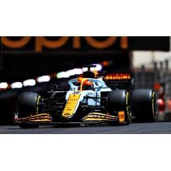 MINICHAMPS McLaren Mercedes...