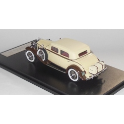 NEO Stutz Dv32 Monte Carlo Sedan by Weymann 1933