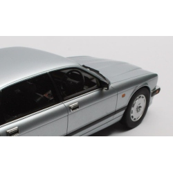 MINICHAMPS Porsche 916 1971