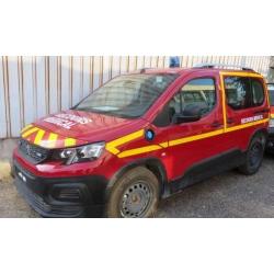 NOREV 479070 Peugeot Rifter 2019 - Pompiers - Secours Médical