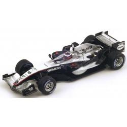 SPARK S4304 McLaren MP4-20 n°10 Montoya Vainqueur Silverstone 2005