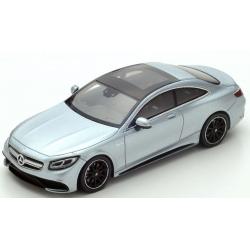 SPARK Mercedes Benz AMG S...