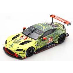 SPARK Aston Martin Vantage...