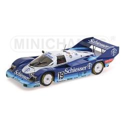 MINICHAMPS 1:18 Porsche...