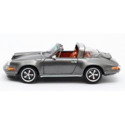 MINICHAMPS 1:12 Porsche 956K n°12 Mugello 1983 (%)
